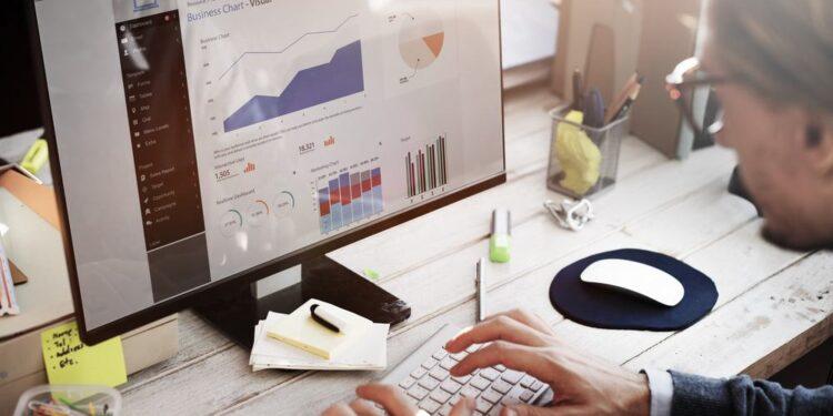 tool 750x375 - 10 yếu tố ảnh hưởng đến hiệu quả chiến dịch Facebook Marketing