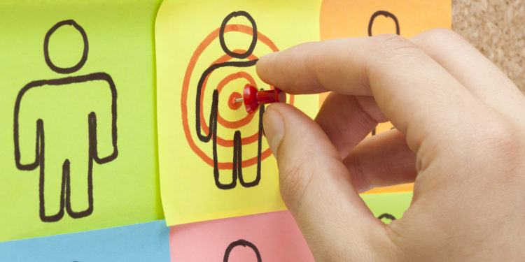 target customer 750x375 - Kinh nghiệm kinh doanh lĩnh vực nội thất - Bài học kinh doanh từ các đối thủ lớn