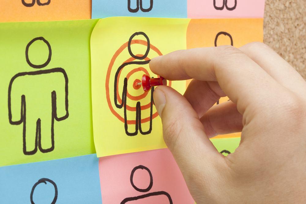 15 điều cần biết khi chạy quảng cáo Facebook - image target-customer on https://atpsoftware.com.vn