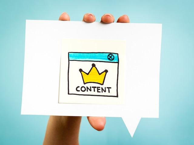 100 công cụ hỗ trợ Doanh nghiệp làm Marketing online hiệu quả - image content-is-king on https://atpsoftware.vn
