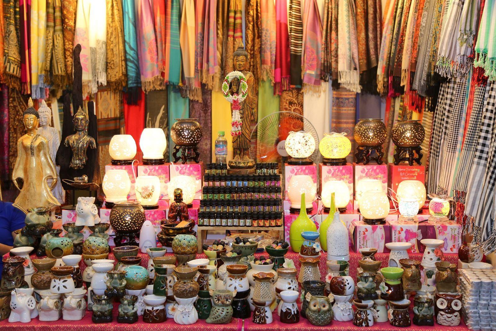 Kinh nghiệm mua hàng sỉ tại các chợ Thái Lan - image kinh-nghiem-mua-hang-thai-lan on https://www.atpsoftware.vn