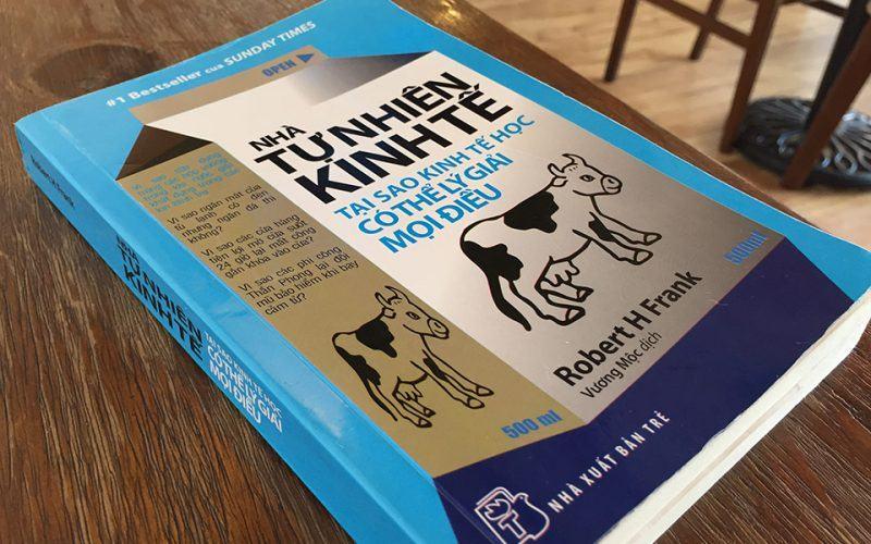 sách 122 - Nhà tự nhiên kinh tế - Sách kinh tế hay