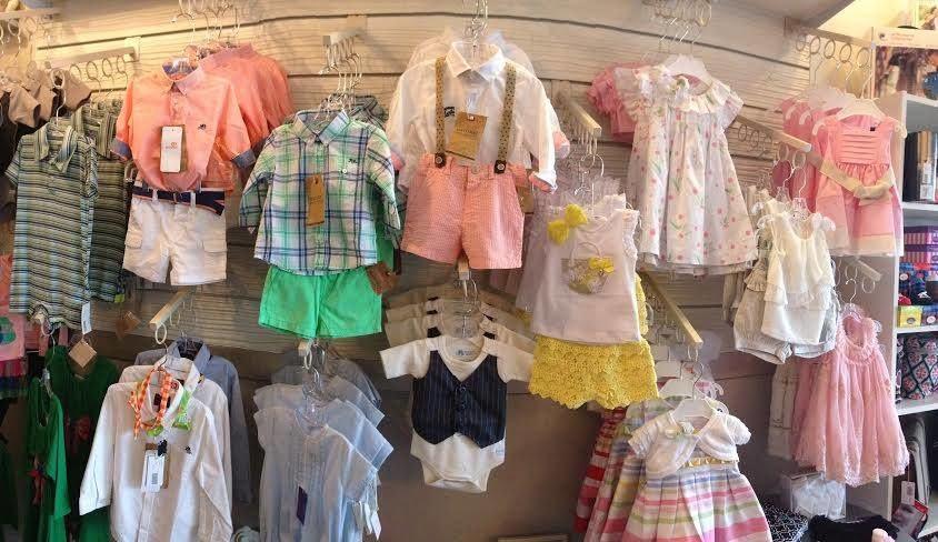 Buôn Quần áo Trẻ Em