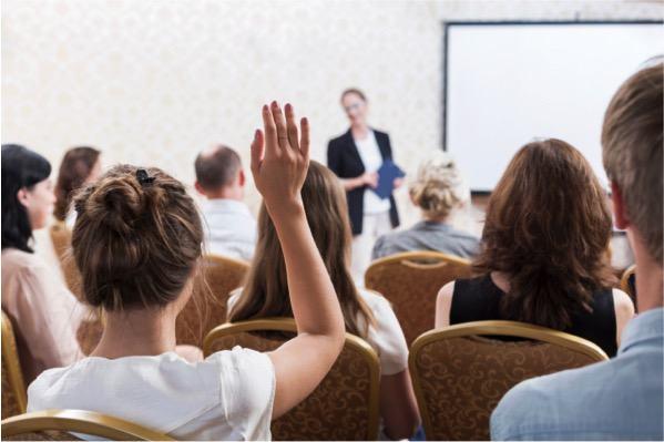Seminar là gì? Bí quyết tạo ra một buổi Seminar có kết quả
